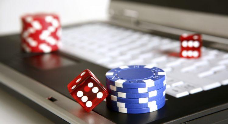 Bermain Poker Sakong Online Untuk Pertandingan Besar!